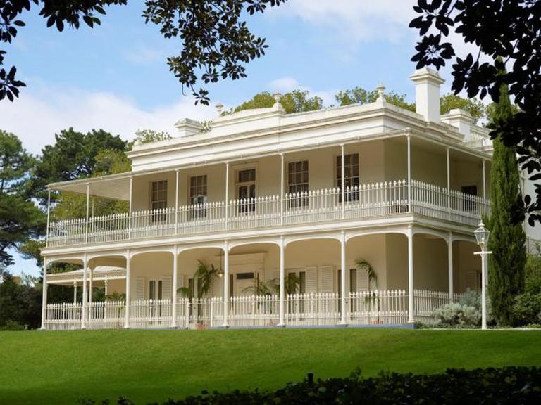 Como House exterior