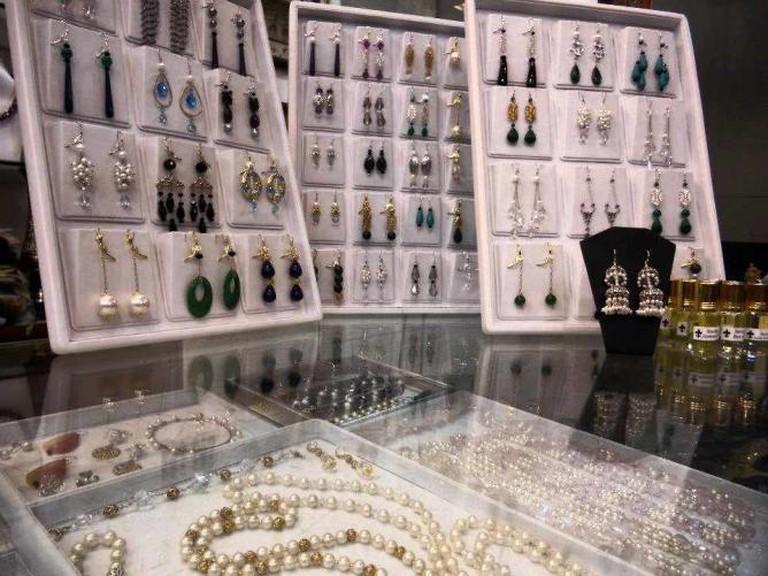Fine Fashion Jewelry Designs © Naomi King/flickr