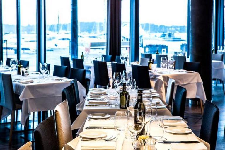 Courtesy of Lofoten Fiskerestaurant | © Stian Broch
