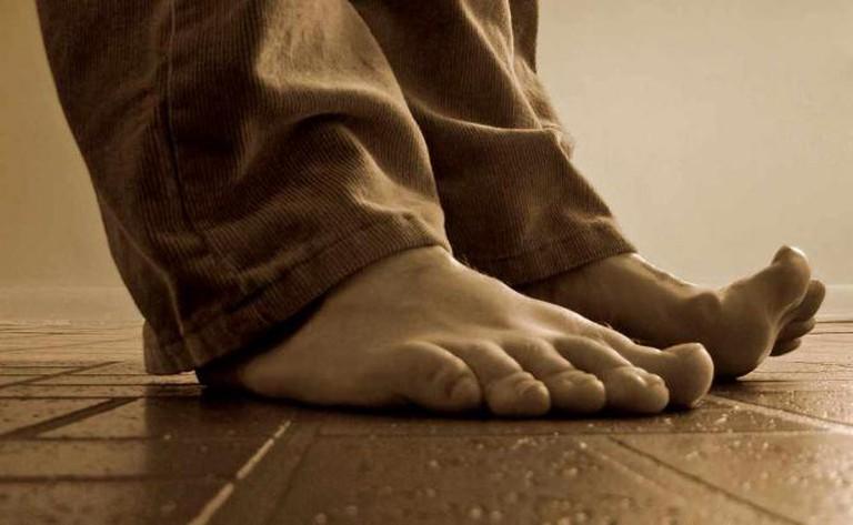 Barefoot | © Nicholas A. Tonelli/Flickr