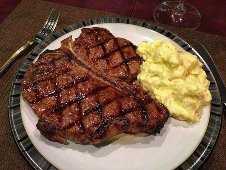 Porterhouse Steak | © Alan Light/Flickr