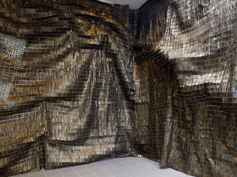 El Anatsui | Courtesy of Kristien Daem, Wiels Center for Contemporary Art