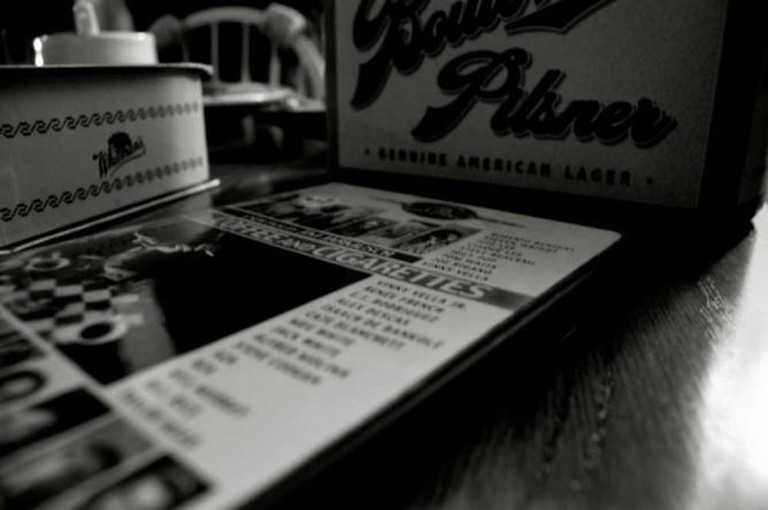 Jim Jarmusch's Coffee & Ciggarettes | © Maureen Didde/Flickr