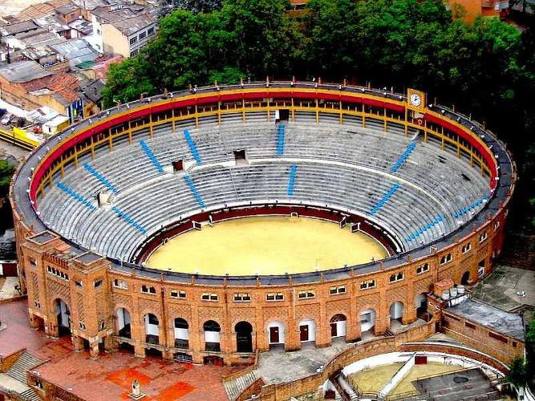 Plaza De Toros La Santamaría | © Vtooto/Wikimedia