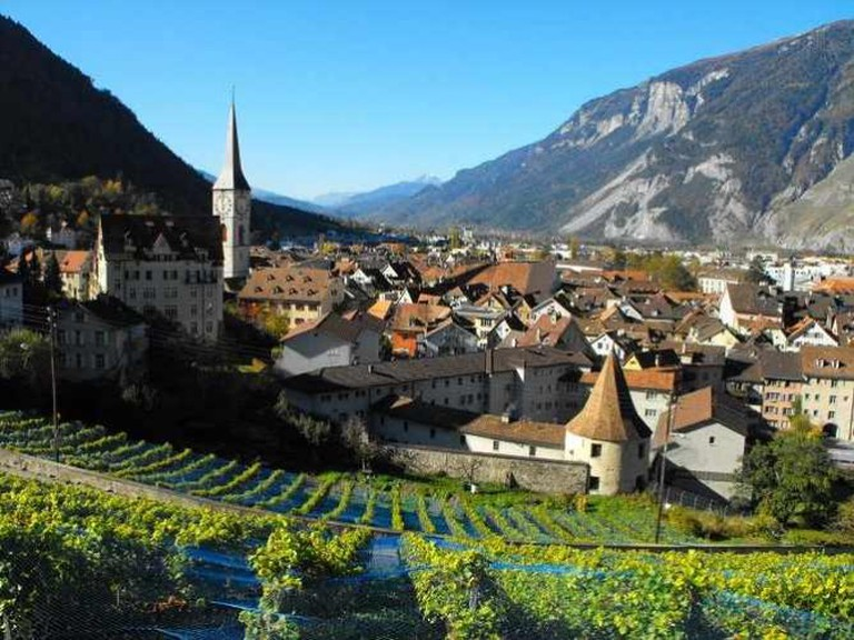 Chur Vineyards | © blumblaum/Flickr