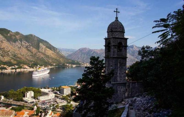 Kotor Castle Walk | © DavidBaileyMBE/Flickr