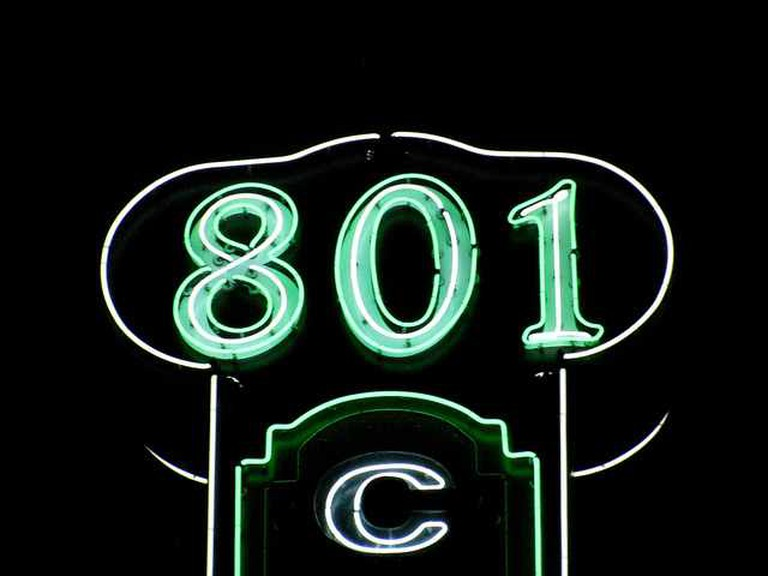 801 Chophouse Sign