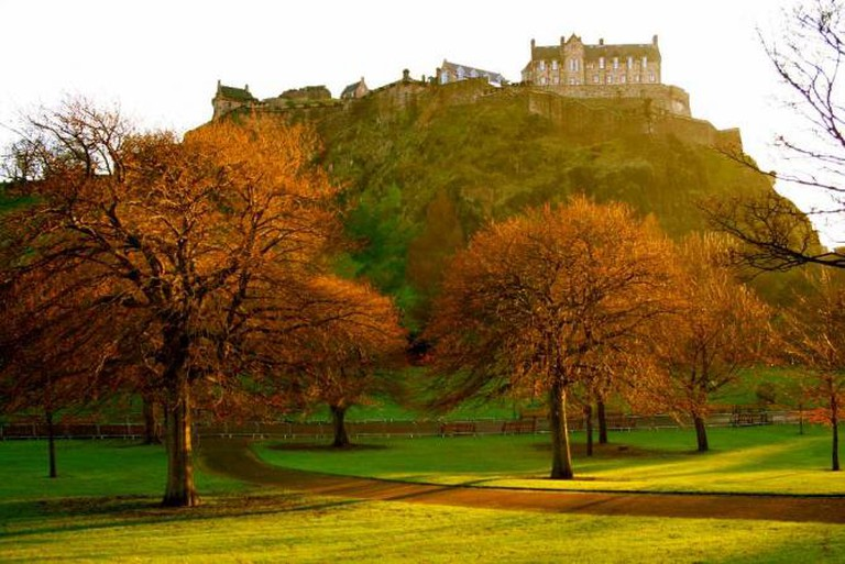 Last of the sunlight in Princes Street Gardens | © Jenni Douglas/Flickr