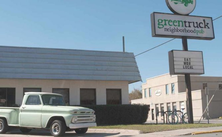 Green Truck Neighborhood Pub