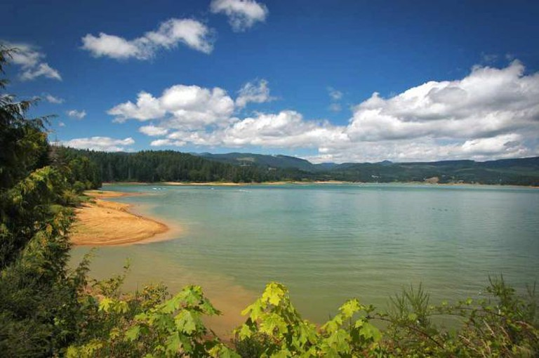 Henry Hagg Lake, Washington County | Photo by Paul Loofburrow/Courtesy Washington County Visitors Association