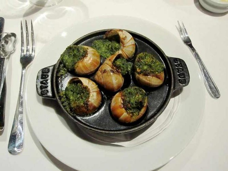 Escargot a la Bourguignonne | © eatingeast/WikiCommons