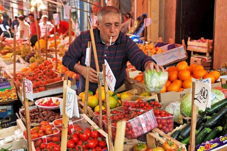 Street Market | © Dennis Jarvis/Flickr