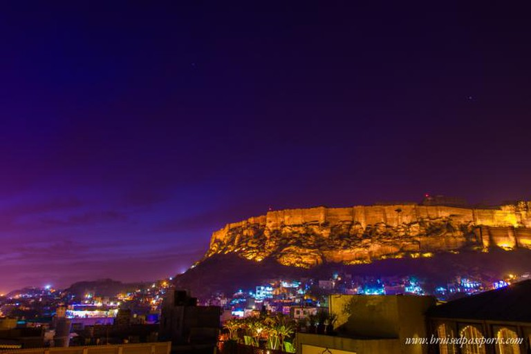 Magical view of Mehrangarh fort from one of the roof-top cafés