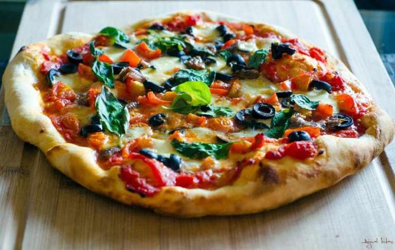 Neopolitan pizza © lightcubex/Flickr