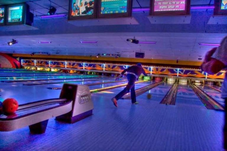 Cosmic Bowling | © Steve Hard/Flickr