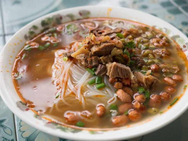 Lao Noodles l © Tatsuya Fukata/Flickr