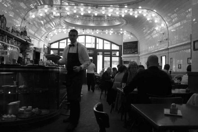 Café Paris l © Jacob Bøtter/Flickr