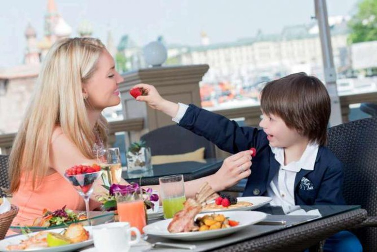 Sunday Brunches at Baltschug Grill | Courtesy of the Hotel Baltschug Kempinski Moscow