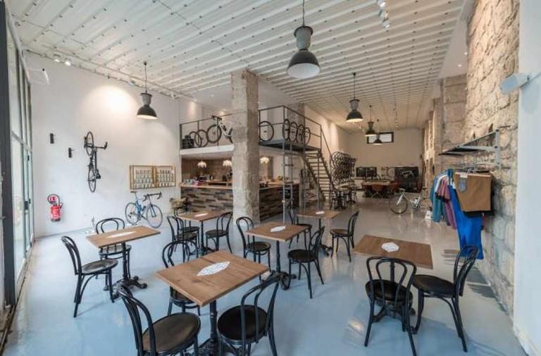 Photo Courtesy of Café du Cycliste