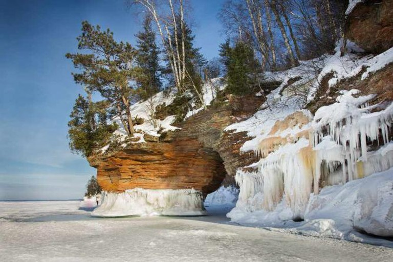 Apostle Islands National Lakeshore sea caves, Bayfield County | © Justin Meissen/Flickr