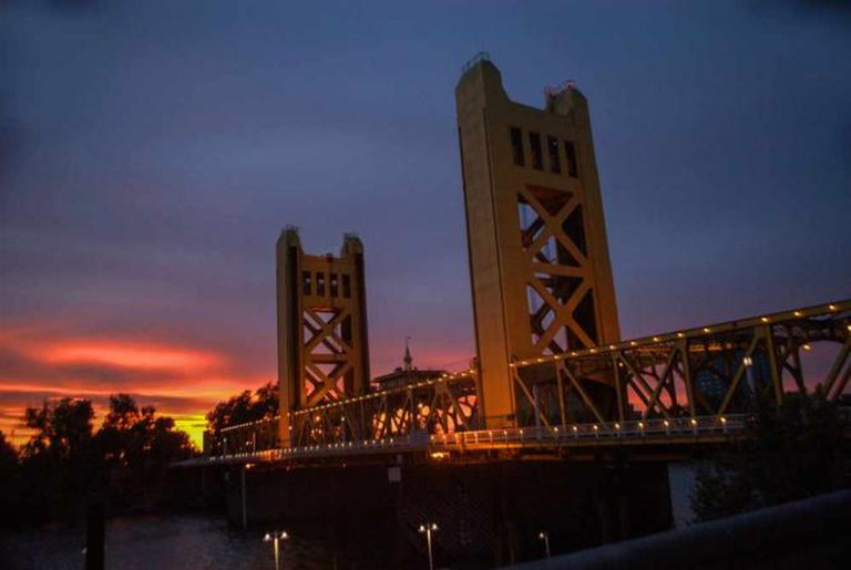 Sacramento's Tower Bridge | © Wayne Hsieh/Flickr