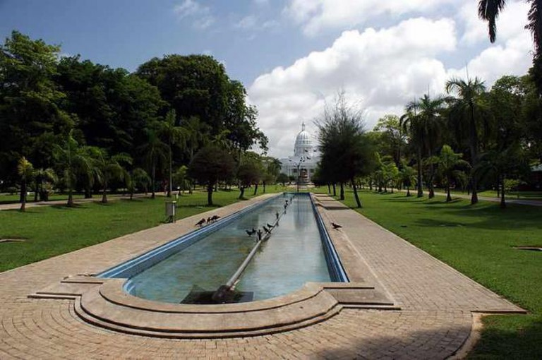 Viharamahadevi Park | © Kondephy/WikiCommons
