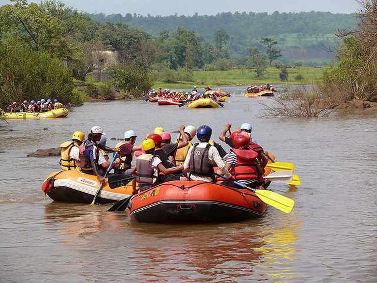 Rafting On rive Kundalika