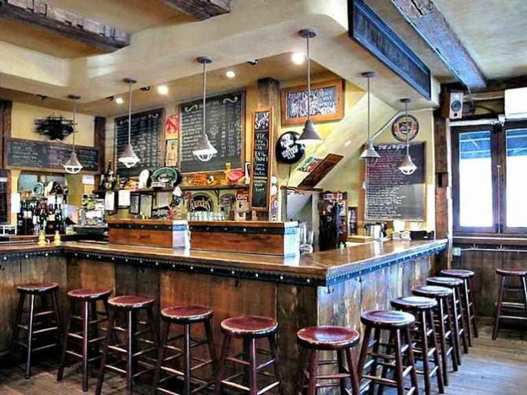 The Bar at Blind Tiger ǀ Courtesy of Blind Tiger Ale House