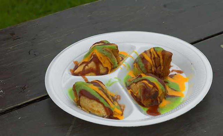 Saturday Samosas | © David Goehring/Flickr