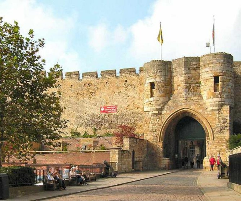 A Creative Commons image: East Gate, Lincoln Castle | Author: Brian