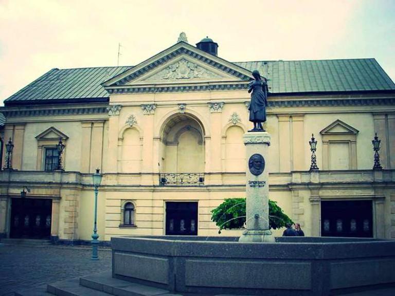 Theatre Square in Klaipėda | © tak.wing/Flickr