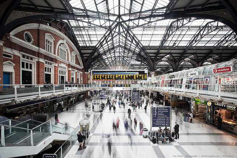 Liverpool Street Station ©Yon Garin /Flickr