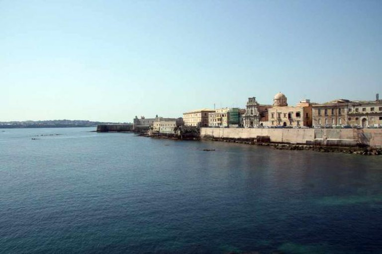 Walk around Ortygia