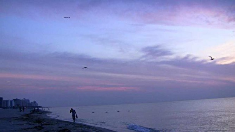 Sunrise on Miami Beach © Lonny Paul