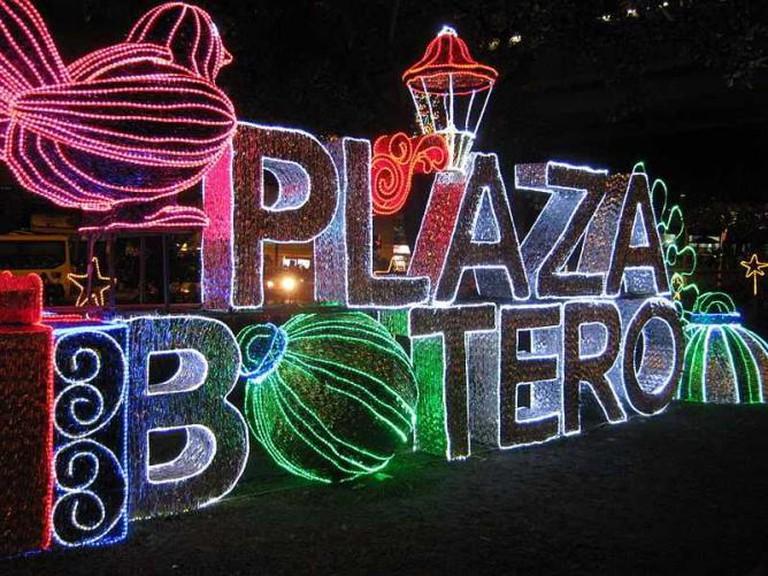 Alumbrado navideño de Medellín, Plaza Botero de 2011. Colombia | © SajoR/ WikiCommons