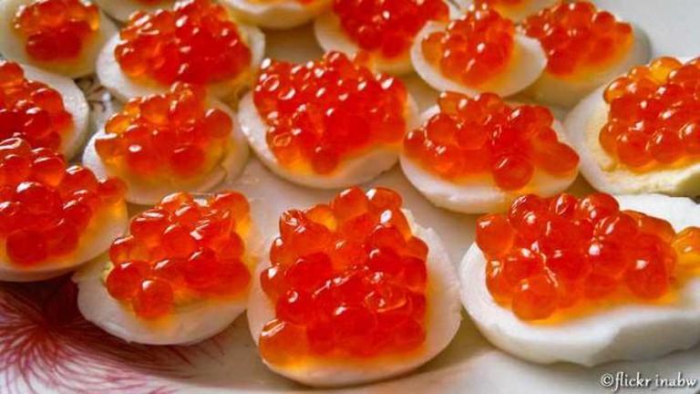 Caviar Egg Appetizers © Marina BN/Flickr