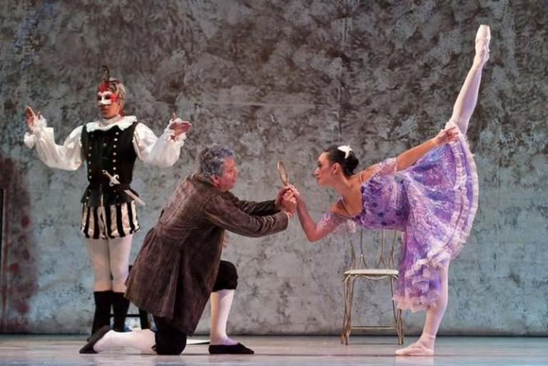 ballet Coppelia en el Teatro Nacional de Guatemala