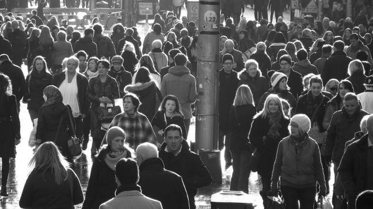 Busy Buchanan street, Glasgow I © byronv2/Flickr