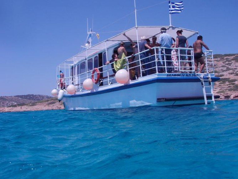 Taking a boat to the beach in Patmos l