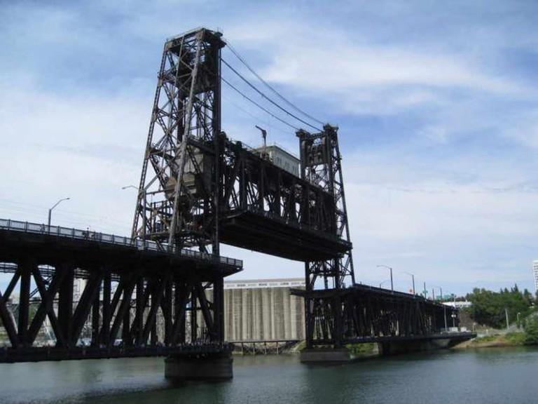 Steel Bridge, Portland | © Chris Yunker/Flickr