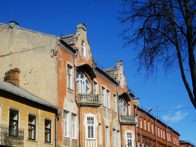 Outdoor architecture of Daugavpils I © miles from home/Flickr