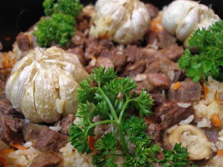 Roasted lamb and garlic platter