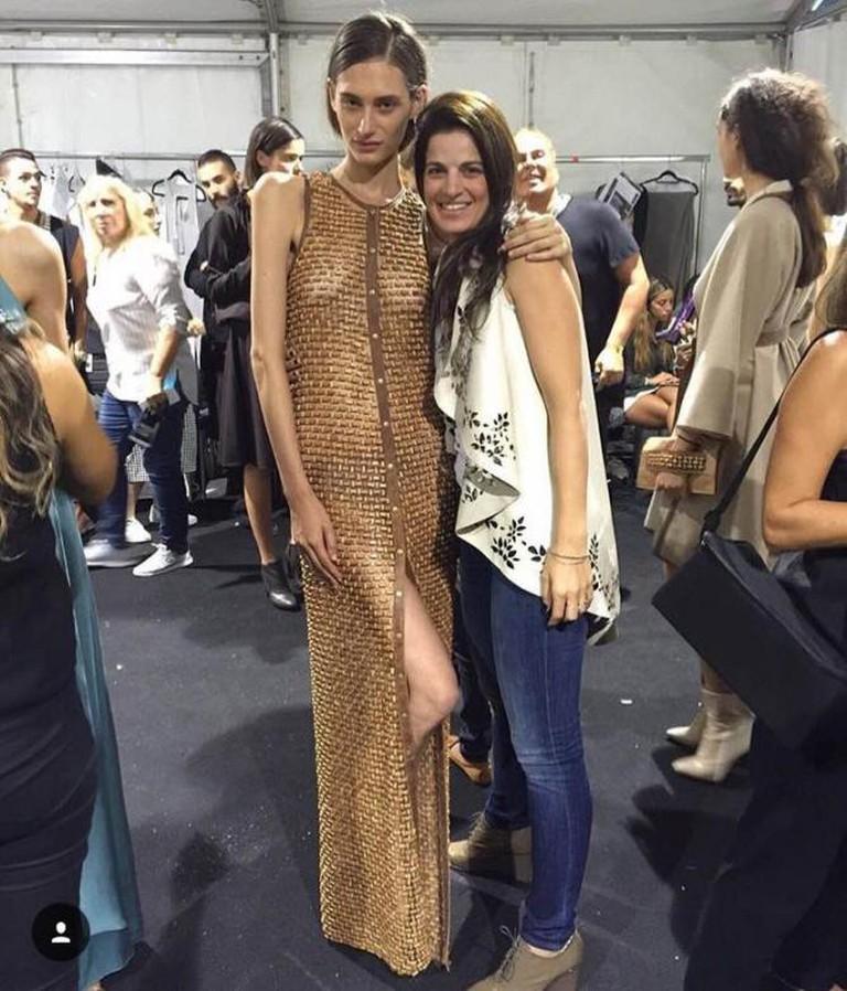 Sharon and a runway model at GINDI Fashion Week © Maskit