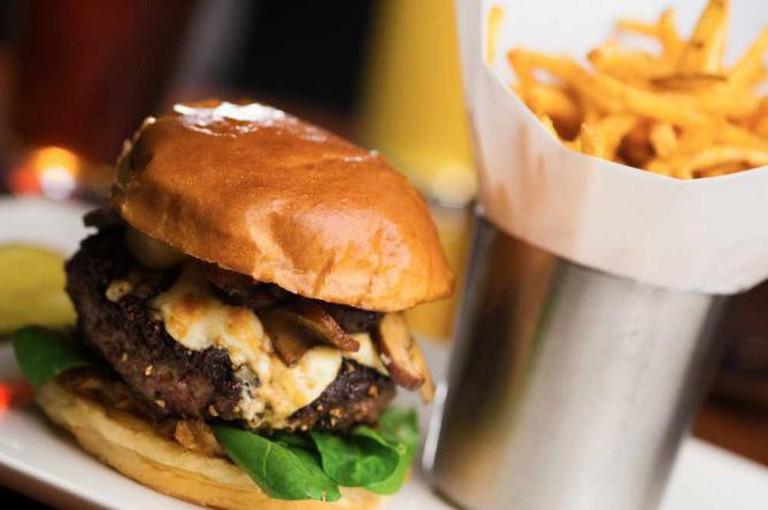 Yard House Burger | Courtesy of Yard House