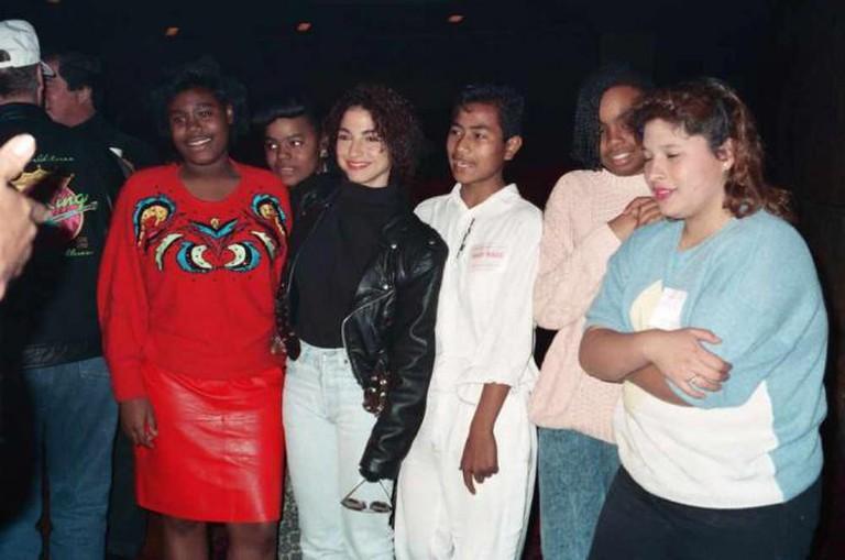 Gloria Estefan & fans
