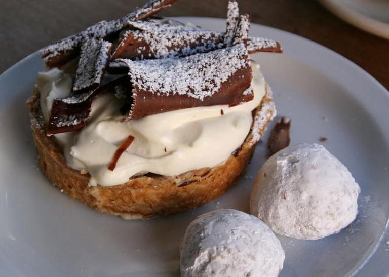 Tartine Banana Cream Pie and Wedding Cookies