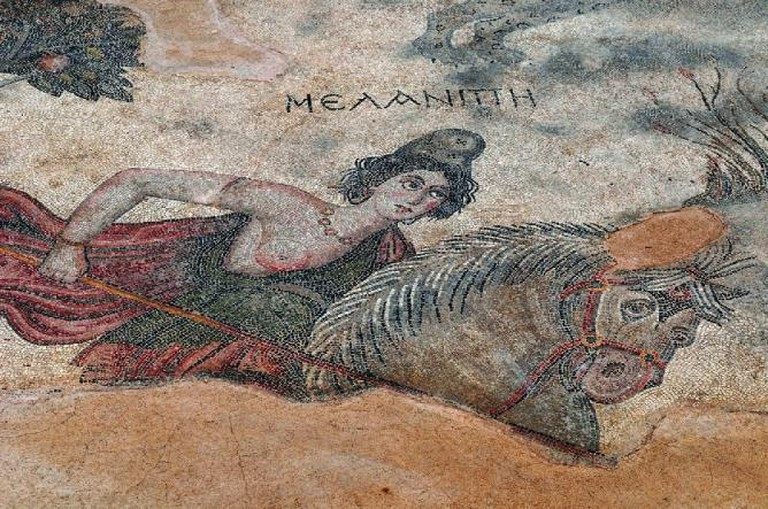 Amazon queen Melanippe, mosaic at ancient Edessa (Sanliurfa, Turkey) | © Pasquale Sorrentino.
