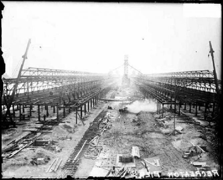 Construction of Navy Pier