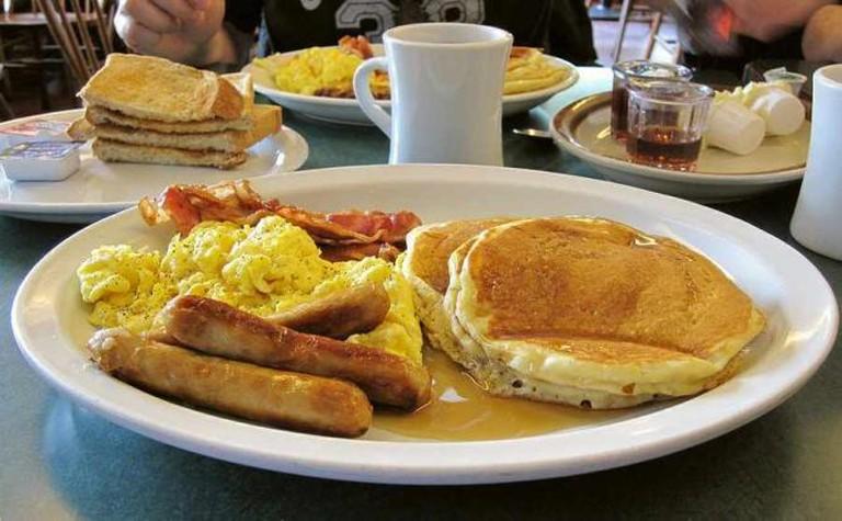 American-style breakfast