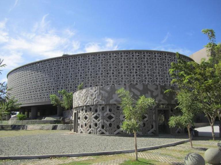 The Aceh Tsunami Museum |© Dinokl/Wikicommons